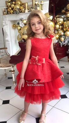 Girls Frock Design, Baby Dress Design, Baby Girl Dress Patterns, Baby Girl Party Dresses, Little Girl Dresses, Girls Dresses, Flower Girl Dresses, Baby Frocks Designs, Kids Frocks Design