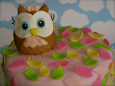 Owl birthday cake by My Fair Cupcakes, via Flickr