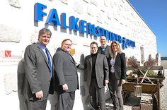 ÖGNI überreicht erste ÖGNI Plakette an Falkensteiner Hotel in Bad Leonfelden | Fotograf: ÖGNI | Credit:ÖGNI | Mehr Informationen und Bilddownload in voller Auflösung: http://www.ots.at/presseaussendung/OBS_20120319_OBS0008