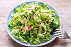 Cabbage Fennel and Apple Slaw With Orange and Hazelnut | http://eatdrinkpaleo.com.au/cabbage-fennel-apple-slaw-orange-hazelnut/