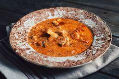 Cette soupe islandaise au poisson me rappelle vraiment mes voyages dans ce pays magique et extraordinaire. Elle a été créée par le blogue mimithorisson.com