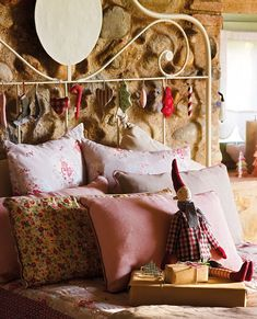 Una casa de campo con espíritu navideño/A house with Christmas spirit. | Bohemian and Chic