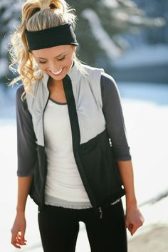 black leggings black tank - Google Search - Women's Hiking Clothing - http://amzn.to/2h7hHz9
