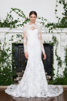 Monique Lhuillier Bridal, Fall 2018 - Here's a Sneak Peek at Next Year's Most Breathtaking Wedding Dresses - Photos
