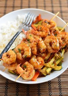 Slimming Slimming Eats Honey Garlic Shrimp - dairy free, gluten free, paleo, Slimming World (SP) and Weight Watchers friendly Prawn Recipes, Shrimp Recipes Easy, Seafood Recipes, Cooking Recipes, Healthy Recipes, Seafood Meals, Cod Recipes, Garlic Recipes, Healthy Breakfasts