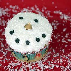 Cupcake Recipes : Make Snowman Cupcakes