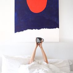 Rise and shine. Coffee In Bed, Best Coffee, Coffee Cups, Fashion News, Fashion Models, Fashion Show, Fashion Design, Editorial Photography, Fashion Photography