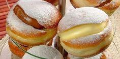 Cómo preparar bombas rellenas de crema pastelera, Si te gusta dinos HOLA y dale a Me Gusta MIREN… | Receitas Soberanas Diy Food, Doughnut, Delicious Desserts, Food And Drink, Bread, Chocolate, Baking, Cake, Mini