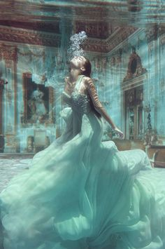 #fashion #photography #underwater #gown