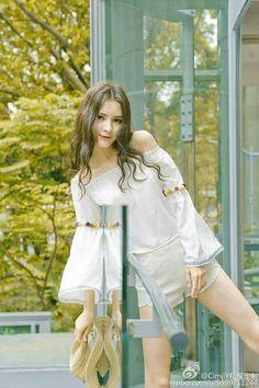 [ Lấy = Follow ] #Nếunhưvậythìtôisai My Princess, Little Princess, Ulzzang, Fashion Design Sketches, Chinese Actress, Actors, Chinese Style, Tight Dresses, Korean Beauty
