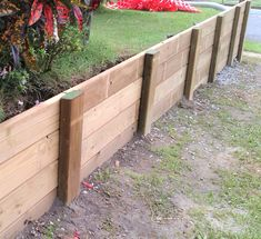 50 Practical and Pretty Retaining Wall Ideas,retaining wall ideas for sloped backyard,front yard retaining wall ideas,wood retaining wall ideas Wooden Retaining Wall, Cheap Retaining Wall, Backyard Retaining Walls, Building A Retaining Wall, Building A Pergola, Inexpensive Retaining Wall Ideas, Retaining Wall Drainage, Concrete Block Retaining Wall, Sleeper Retaining Wall