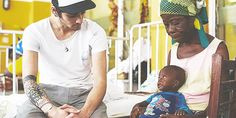 Zayn in Ghana. I have so much respect for these boys. -D