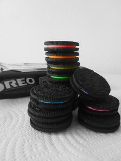 I almost just died! The two things I love... Bright colors and oreos! Haha! Just kidding!