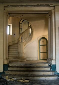 ( those stairs!)Chateau Bijou, nestled in the South of France, inspired by the palazzos of Italy. Built in 1763 and located in Labastide- Villefranche - the forgotten fairytale. Old Abandoned Buildings, Abandoned Castles, Abandoned Mansions, Old Buildings, Abandoned Places, Beautiful Architecture, Beautiful Buildings, Architecture Details, Beautiful Homes