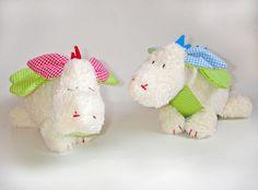Der kleine Glücksdrache Mio, Kuscheltier / good-luck dragon, cuddly toy by Little Big Moon via DaWanda.com