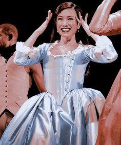 Hamilton Schuyler Sisters, Hamilton Costume, Eliza Schuyler, Hamilton Musical, Musical Theatre, Baddie, Broadway, Alice, Nerd