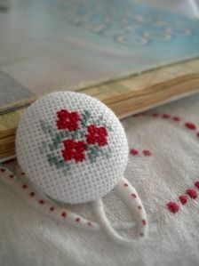 Do it yourself also known as DIY is the method of building modifying or repairing something without the aid of experts or professionals Tiny Cross Stitch, Cross Stitch Boards, Beaded Cross Stitch, Modern Cross Stitch, Cross Stitch Embroidery, Hand Embroidery, Cross Stitch Patterns, Minis, Stitches Wow