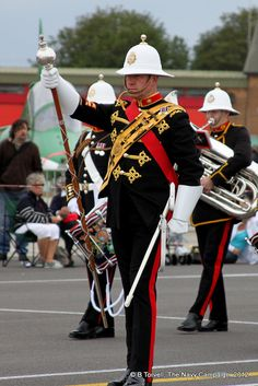 Yeovilton Air Day Royal Marines Band by Navy Campaign. Royal Marines Band, British Royal Marines, British Armed Forces, British Royals, Military Personnel, Military Uniforms, Suits You Sir, Female Marines, Drum Major