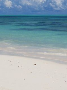 Churchill Beach, one of our favorite places for beach walks on Grand Bahama Island! Paradise Island, Island Life, Ocean Beach, Beach Fun, Sea Pictures, Best Vacations, Beautiful Beaches, Beautiful Landscapes, Places To Go