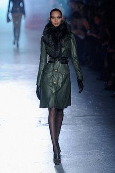 Minus the collar, I COVET that coat. Jason Wu. NYFW Fall 2012
