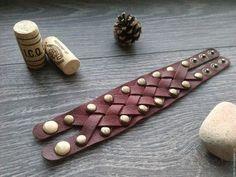 Кожаный браслет Leather bracelet retcal retributioncalls retribution calls accessories leathergoods leatherwork handmade hobby gift men women кожаные изделия подарок