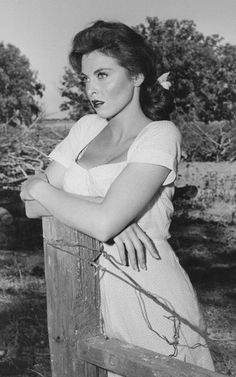 """Tina Louise. From her film introduction, """"God's little acre"""" 1958"""