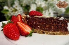 RAW čokoládová XXL torta
