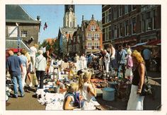 Antiques, curios, boos & technology every Saturday from April to September along the charming canals of Delft city center. Netherlands