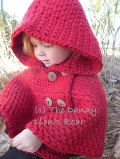 It may still not be too late to crochet a really nice Beanie (with Waffle Stitch pattern) for the beginning of the year! Crochet Baby Poncho, Crochet Hood, Crochet Poncho Patterns, Crochet Shawl, Baby Knitting, Knit Crochet, Knitting Patterns, Kids Cape Pattern, Capes For Kids