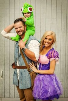 Best Couples Costumes & Matching Costumes For Halloween 2018 100 Best Couples Costumes, Matching Halloween Costumes & Funny His And Hers Costumes For 2018 Halloween 2018, Matching Halloween Costumes, Couples Halloween, Cute Couple Halloween Costumes, Theme Halloween, Halloween Outfits, Diy Halloween, Halloween Makeup, Couple Costume Ideas