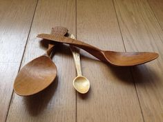 Woodsmans Finest's Japanese pear spoons