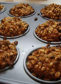 Banana ricotta muffins with walnuts