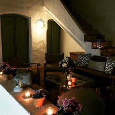 Patio in old 'Casona' town house, now smart restaurant - Santiago's Kitchen, Alhaurin el Grande  http://andaluciadiary.com/eating-out-mid-week-just-got-interesting-supper-club-at-santiagos-kitchen/