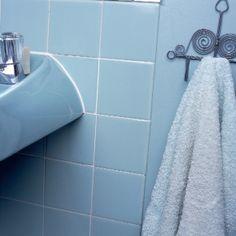 Repeindre un carrelage de salle de bain
