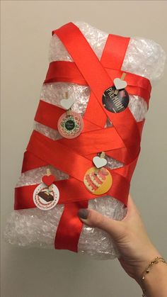 Gift diy handmade giftpacket pack packet present red ribbon valentines