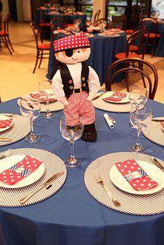 pirata mesa convidado