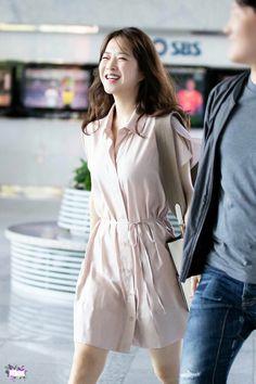 Asian Actors, Korean Actresses, Korean Actors, Actors & Actresses, Strong Girls, Strong Women, Bella Diva, A Werewolf Boy, Park Bo Young