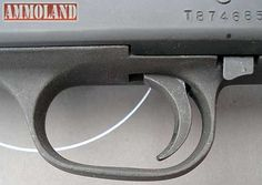 Mossberg 590A1 Blackwater Edition Shotgun Trigger Gaurd:  The trigger guard is thick and controls are made for combat.