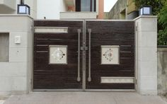 Raj Techno Fab Engineers Private Limited - Offering Brown SS Wooden Main Gate in Jaipur, Rajasthan. Modern Main Gate Designs, Iron Main Gate Design, Gate Wall Design, Home Gate Design, House Main Gates Design, Main Entrance Door Design, Steel Gate Design, Front Gate Design, Home Building Design
