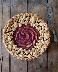 Nectarines & plumes pie by karinpfeiffboschek