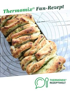 Kräuterfaltenbrot Recipe herb pleated bread from – recipe of the category bread & rolls Potato Recipes, Bread Recipes, Keto Recipes, Cake Recipes, Vegetarian Recipes, Healthy Eating Tips, Healthy Nutrition, A Food, Food And Drink