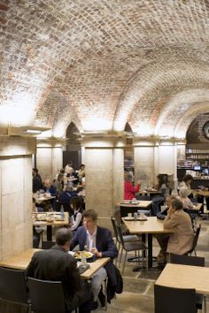 Situated below the 18th century St Martins Church, in busy Trafalgar Square, Café in the Crypt has beautiful 18th century architecture brick-vaulted ceilings, historic tombstones beneath your feet and delicious home-cooked food.