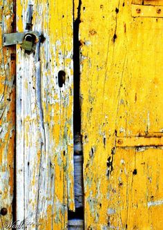 Beautiful Home Décor Accessories, Furniture & Bedding Les Doors, Yellow Doors, Industrial Pendant Lights, Photocollage, Rustic Art, Yellow Submarine, Mellow Yellow, Yellow Bed, Mustard Yellow