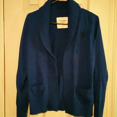 Abercrombie & Fitch cardigan (185) Blue Abercrombie & Fitch cardigan Abercrombie & Fitch Sweaters Cardigans
