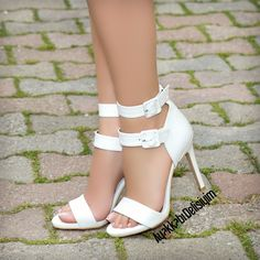 high heels – High Heels Daily Heels, stilettos and women's Shoes High Heels Boots, Shoes Heels Wedges, Shoe Boots, Look Fashion, Fashion Shoes, Beautiful High Heels, White Heels, Bridal Shoes, Wedding Shoes