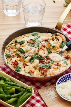 Low-Carb Tuscan Shrimp with Asparagus — Recipe — Diet Doctor Shrimp And Asparagus, Asparagus Recipe, Low Carb Recipes, Diet Recipes, Healthy Recipes, Diet Tips, Diet Doctor Recipes, Keto Foods, Keto Snacks
