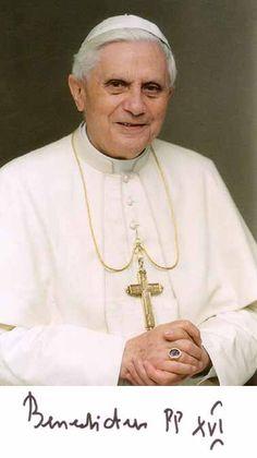 benedicto XVI castel gandolfo enciclicas oraciones exhortaciones apostolicas krouillong comunion en la mano es sacrilegio