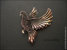 """Брошь """"Голубь"""" - коричневый,брошь,птица,голубь,медь,медная проволока,украшения из проволоки"""