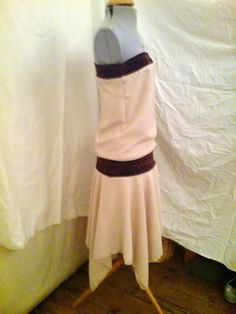Now with TUTORIAL - 1920s inspired dress.  Tutorial pg 2