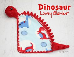 Repeat Crafter Me: Dinosaur Lovey Blanket Crochet Pattern - Shows how to add holes to material for crocheting the yarn onto it! Baby Afghan Crochet Patterns, Crochet Lovey, Crochet Gratis, Manta Crochet, Baby Blanket Crochet, Free Crochet, Unique Crochet, Crochet Afgans, Crochet Rugs